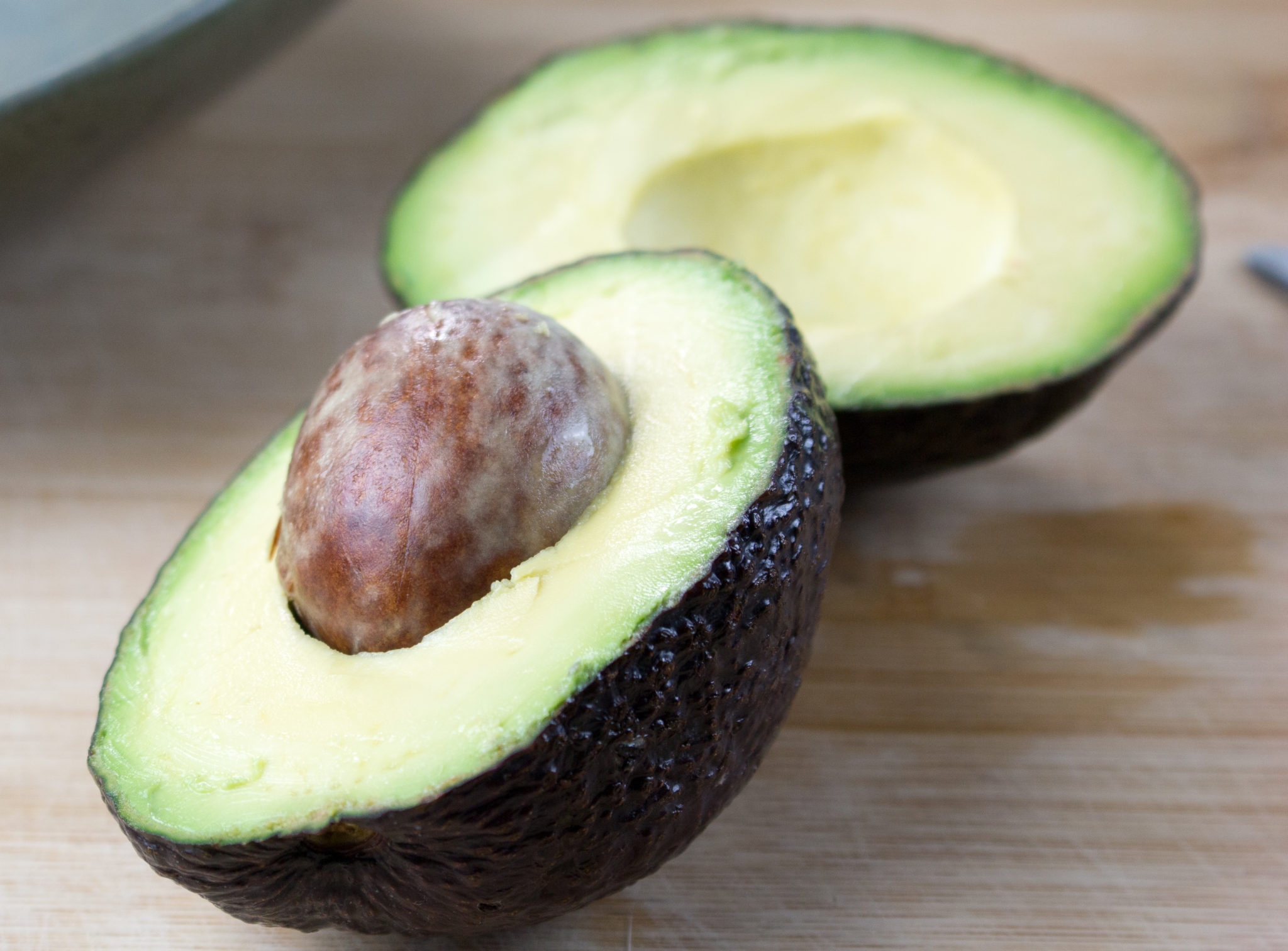 Don't miss out on avocados for breakfast, lunch, dinner and filling snack. Whole food fats are the best alternatives to processed oils. www.veganglutenfreelife.com/avocado-a-healthy-fat/